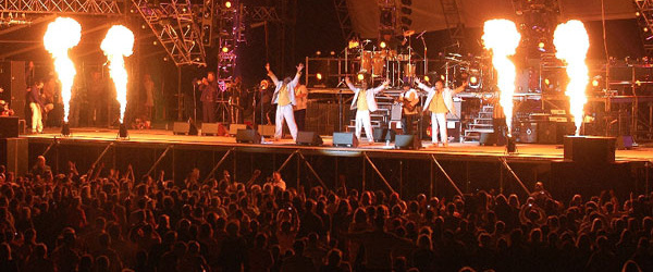 Al McKay's Earth Wind & Fire Experience - Caluire (06/06)
